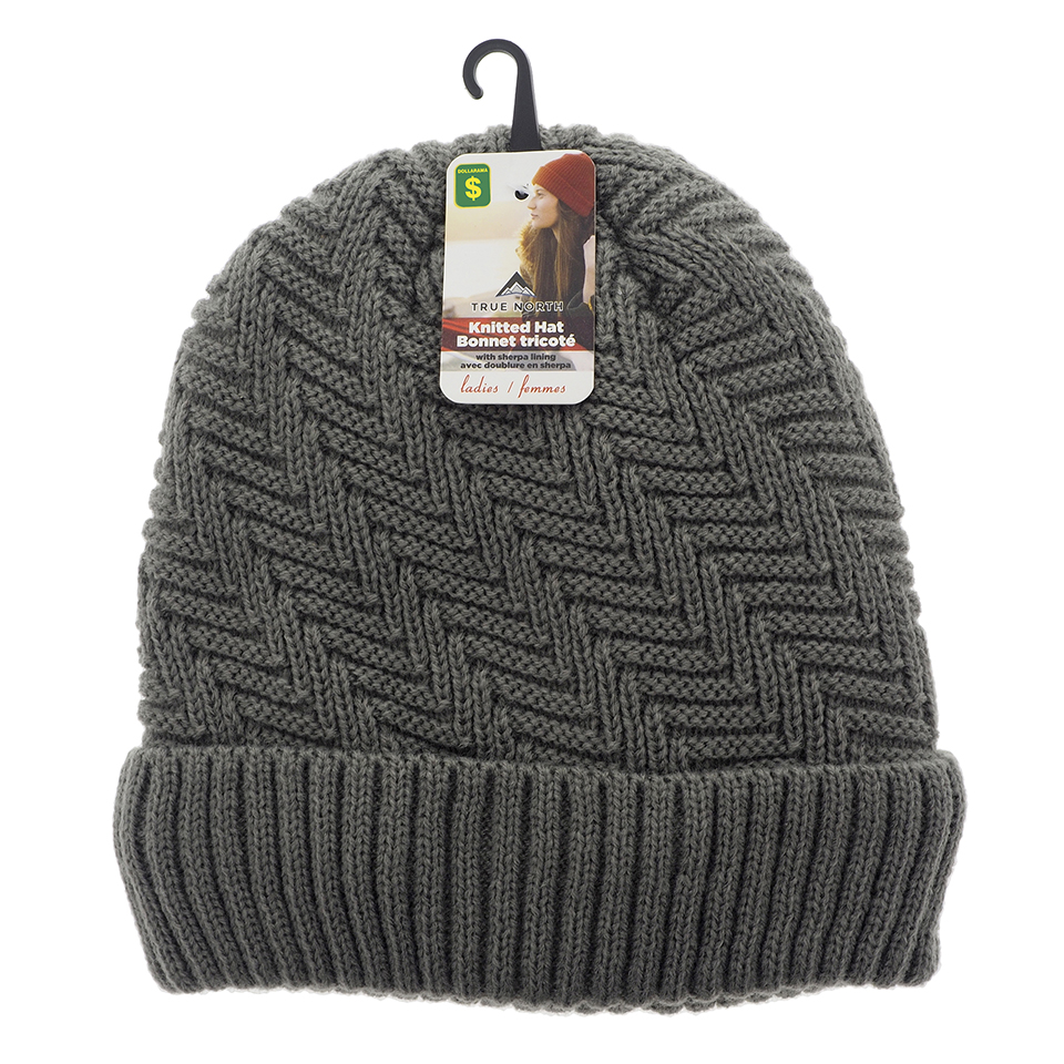 Ladies knitted hat with sherpa lining
